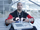 Noiseman MD and his MPC 3000 downtown reppin the JOE 2006.