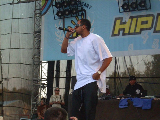 Defari profiling on the MIC rocking the stage in Europe.