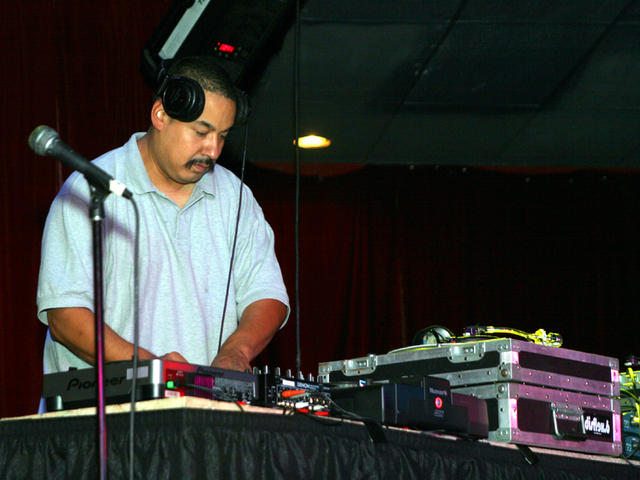 DJ in the mix at Club Avalon during a Unite Records event 2007.